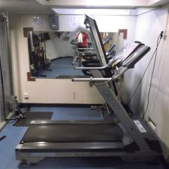 El gimnasio del barco.