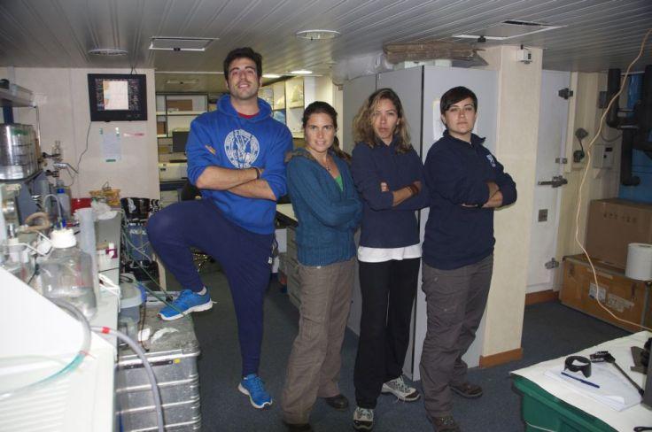 Investigadores a bordo del BIO Hespérides.